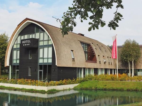 b98954f8b47 ... Hotel & Gasterij De Roode Schuur - Aanzicht ...